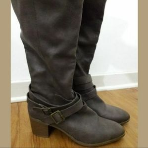 Charlotte Russe Brown Knee High Zip Up Riding Boot